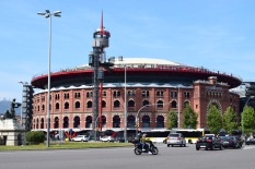 Las Arenas shoping mall