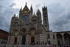 The façade of the Duomo