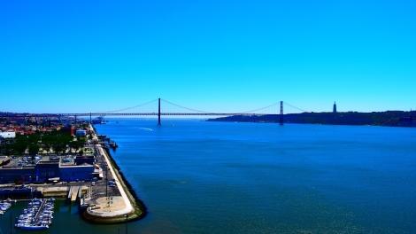 25 of April bridge