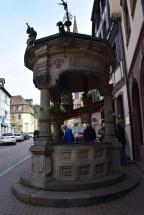 Six Bucket Well