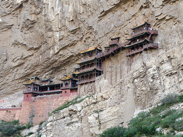 Hanging-Temple-1